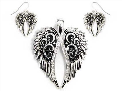 Angel Wing Rhinestone Magnetic Veil Pendant Set