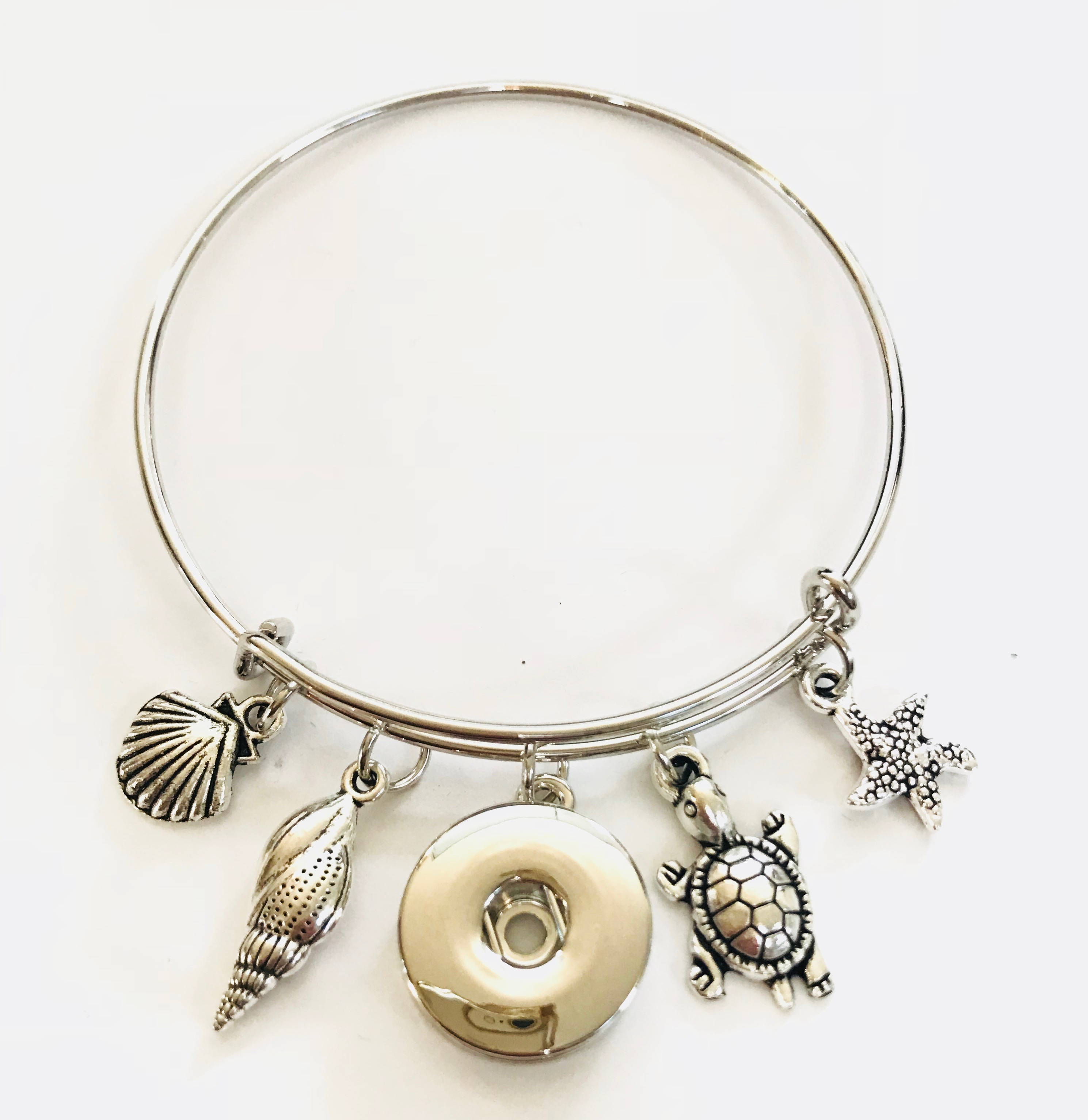 Snap Jewelry Wire Expandable Bangle - Turtle, Shells & Starfish
