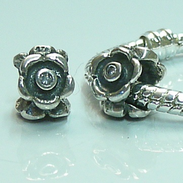 Charm 925 - Marcasite Flower & Clear Gems