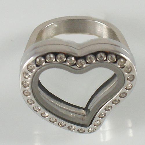 Memory Locket Stainless Steel CZ Heart Ring - Size 7 Silver