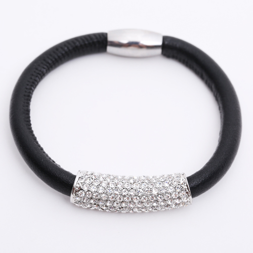 Premade End Less Bracelet Magentic Black - Silver Crystal Barrel