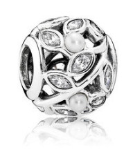 Charm 925 - Silver Luminous Leaves Pearl & Clear