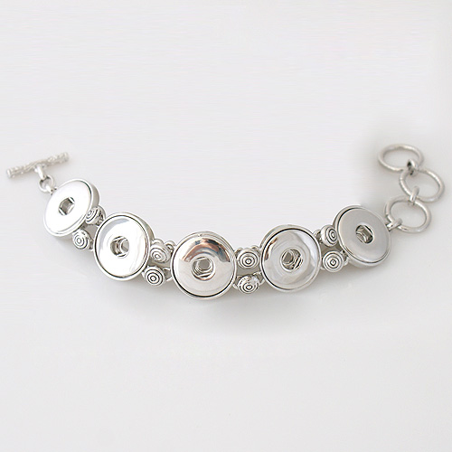 Snap Jewelry Toggle Bracelet Chain - Five