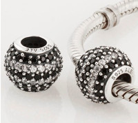 Charm 925 - Round Ball - Pave Black & Clear