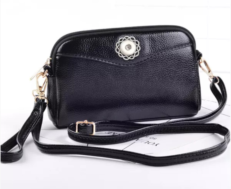 Snap Jewelry Black Leather Wristlet Purse Fits 18-20mm Ginger