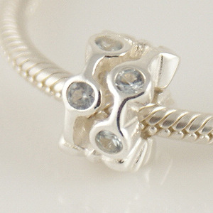 Charm 925 - CZ Stone - Staggared Pods - Clear