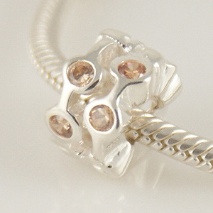 Charm 925 - CZ Stone - Staggared Pods - Champagne